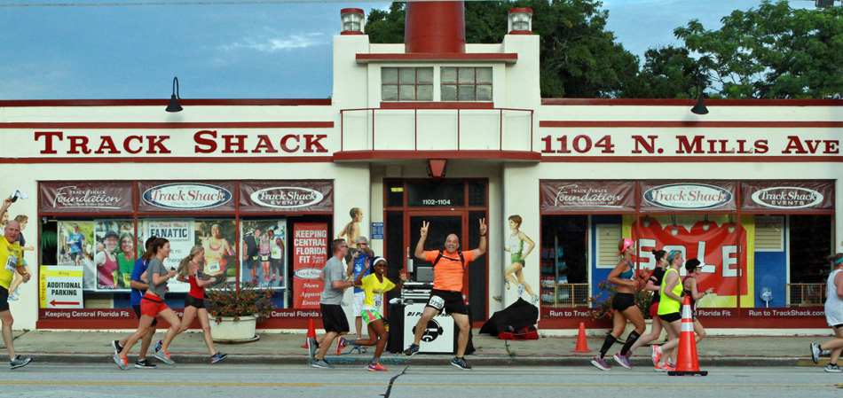 Track Shack - Mills Ave N, Orlando, Florida - Rated based on Reviews